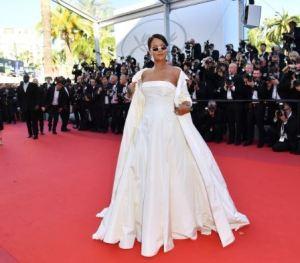 Rihanna Habillée en Dior au festival de Cannes